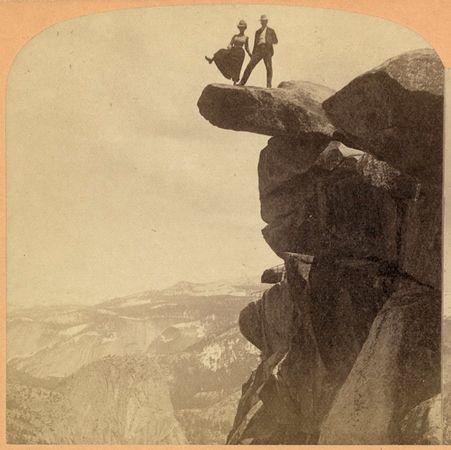 cliff-couple-glacier-point_20298_600x450